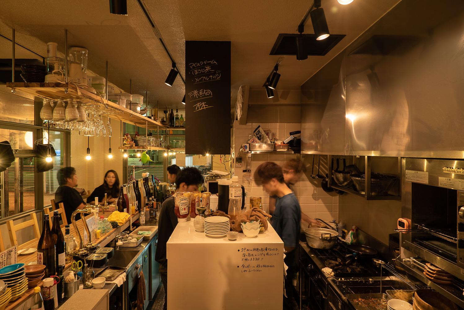 上野さんが担当した富山市総曲輪の飲食店「笑色」。